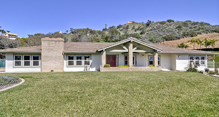 3453 Los Sicomoros, Fallbrook